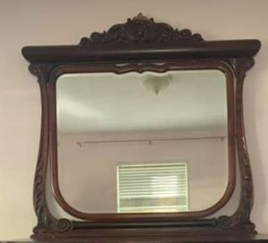 Antique Mahogany Mirror for Sale in Cumberland, VA