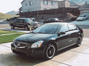 Beautiful 2007 Nissan Maxima FWDWheelssss for Sale in Cleveland, OH
