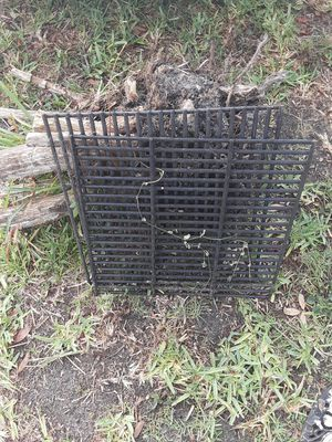 FREE bbq grills. for Sale in Kissimmee, FL