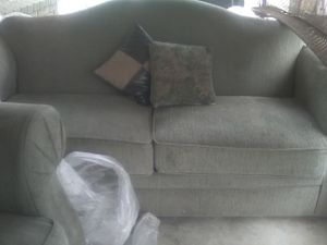 Couch an loveseat, avacado green for Sale in Riverside, CA