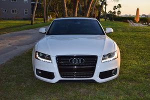 2009 Audi A5 S - Line 3.2 Quattro Coupe 2D - White - Excellent Condition for Sale in Dunedin, FL