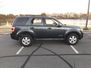 2008 Ford Escape XLT, AWD, with moonroof, mint condition!!! for Sale in Potomac Falls, VA