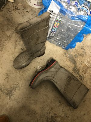 Rubber boots 9s for Sale in Edmonds, WA