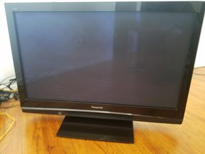 Panasonic plasma TV 42' screen and remote for Sale in Pomona, CA