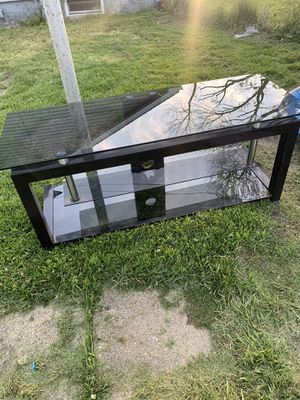 Glass tv stand! for Sale in Roanoke, IL