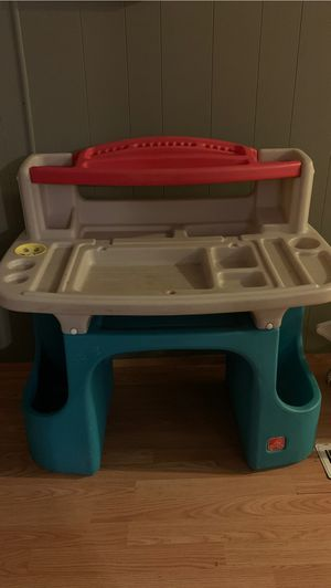 Kids desk for Sale in Hemet, CA