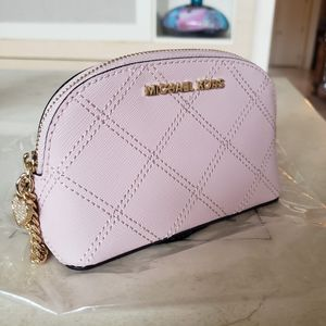 New Michael Kors Pink Leather Cosmetic Case Gold Crystal Heart Charm for Sale in Barrington, IL