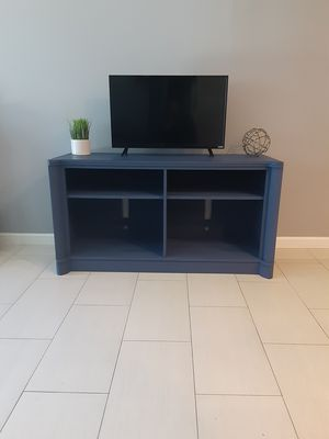 Beautiful wooden set tv stand entertainment,and coffee table corner table, in a blue color, good condition, for Sale in Los Angeles, CA