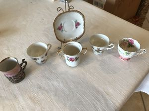 Antique tea cups from grandmas china cabinet for Sale in Palm Beach Gardens, FL