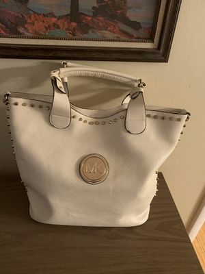 Michael Kors Tote (with crossbody strap) for Sale in Cleveland, TN
