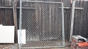"Fence wire 69×72"" price firm for Sale in Fontana, CA"