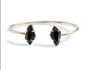 New Kendra Scott Lilith Cuff bracelet. for Sale in Las Vegas, NV