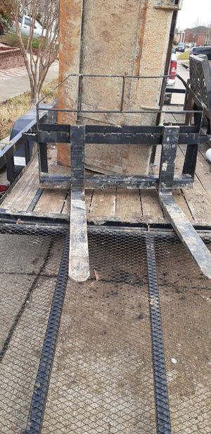 Skid steer pallet forks for Sale in Cedar Hill, TX