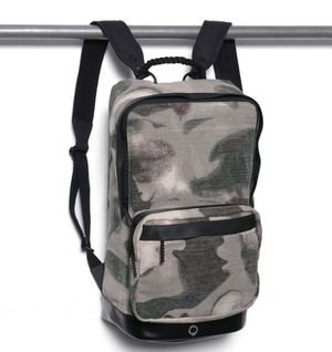 Cillian Ziptop Backpack DIMENSIONS: 16 x 26 x 44 cm for Sale in New York, NY