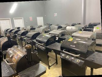 Barbecue pit liquidation sale 🔥🔥🔥🔥 8CC77 for Sale in Irving,  TX