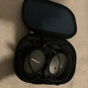 Bose QC 25 Noise Canceling Head Phones for Sale in Falls Church, VA