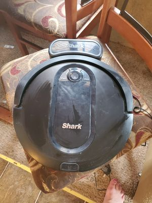 Shark IQ robot vacuum for Sale in Delaware, OK