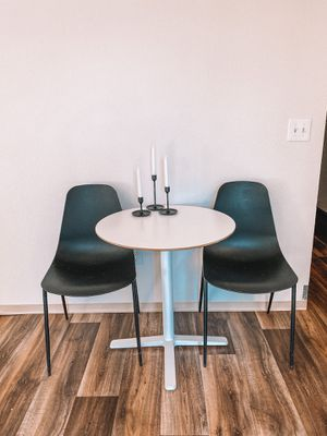 Table and chair for Sale in Kent, WA