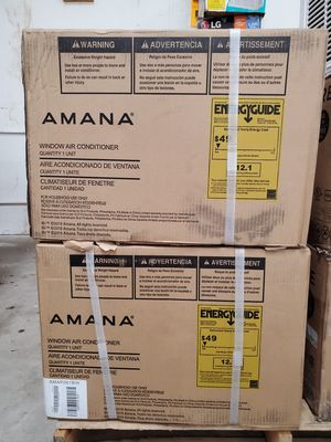6,000 BTU Window Air Conditioner with Dehumidifier and Remote by Amana 381 for Sale in Casselberry, FL