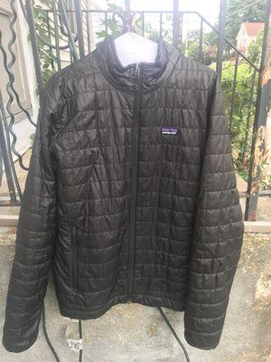 Patagonia Nano puff black zipup jacket men's size M for Sale in Waterbury, CT