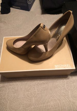 Michael Kors Beidge Pumps for Sale in Valley Stream, NY