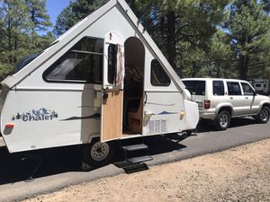 Chalet Aspen camper. Very clean for Sale in Glendale, AZ