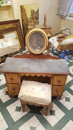 Antique Childrens Furniture. for Sale in Apopka, FL