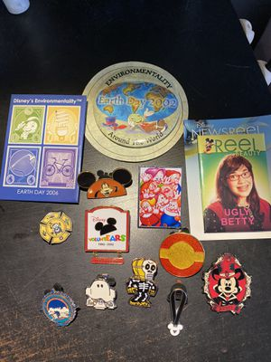 Disney pins for Sale in Thousand Oaks, CA
