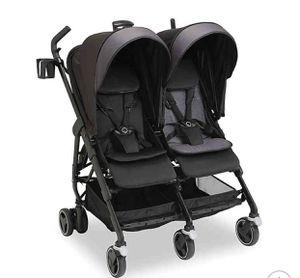Maxi cosi Double stroller for Sale in Miami, FL