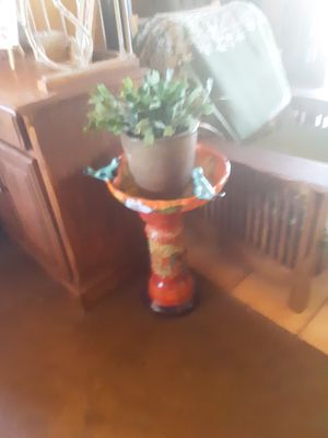 Ceramic bird.feeder for Sale in Payson, AZ