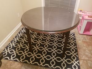 Round glass top dining table for Sale in Doraville, GA