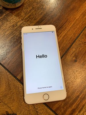 iPhone 7 Plus 128gb unlocked for Sale in Los Angeles, CA
