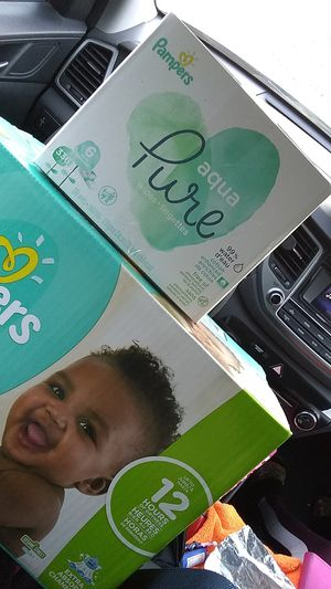 Size 3 pampers (144 diapers) and pampers aqua Pure baby wipes (6packs) for Sale in Vallejo, CA