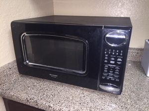 Sharp Carousel microwave for Sale in Austin, TX