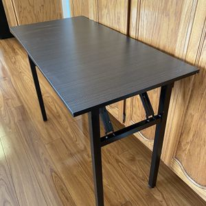 "Portable Folding Computer Desk Table Student Writing Desk 29""x 40""x 19"" for Sale in Turlock, CA"