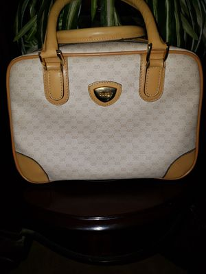 Authentic vintage gucci monogram hand bag. Gently used no flaws only on the hardware from usual wear. for Sale in Mount Lebanon, PA