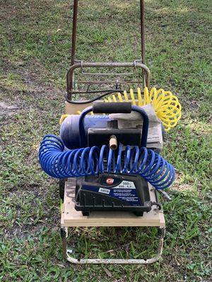 Air Compressor 2gallon Campbell Hausfeld for Sale in Bradenton, FL