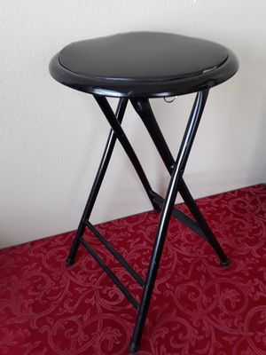 $5 Foldable Seat Chair for Sale in Hemet, CA