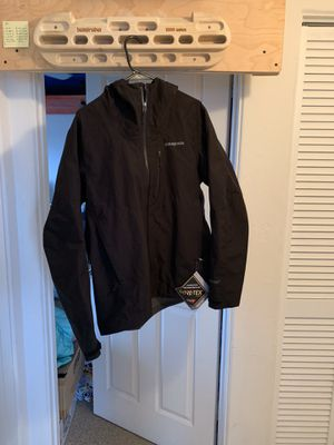 Patagonia gore Tex jacket size medium men's for Sale in San Diego, CA