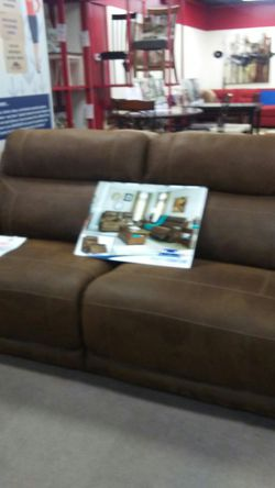 Reclining sofa for Sale in Uniontown,  PA