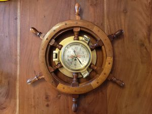 Ship's clock. Vintage brass and wood. for Sale in Vancouver, WA