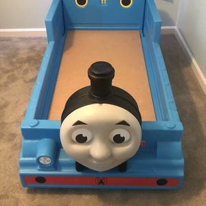 Step 2 Thomas The Tank Engine Toddler Bed (preassembled w/ Stickers) for Sale in Marietta, GA