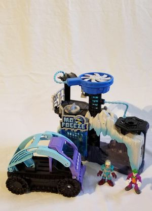 Imaginext Mr. Freeze Playset Includes Mr. Freeze and Joker Figures and Snow Mobile for Sale in Hialeah, FL