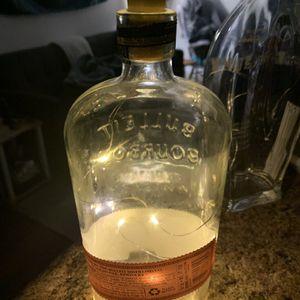 Liquor Bottle Lamp for Sale in Charleston, SC