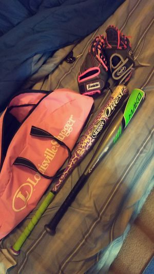 Kids baseball gloves, softball & baseball bats with bag and balls for Sale in Belleville, IL