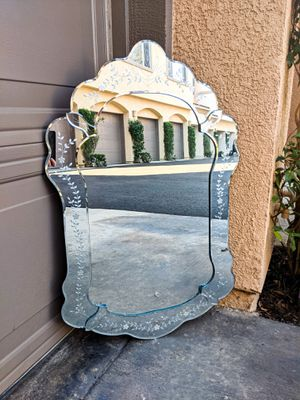 Antique Etched Mirror for Sale in Mission Viejo, CA