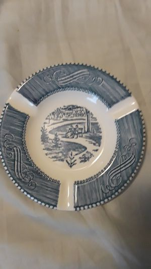 """5 1/2"""" Royal Currier & Ives ashtray for Sale in Evansville, IN"""
