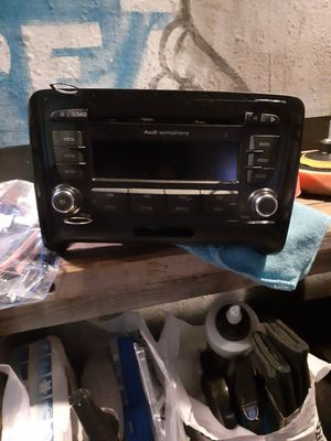 Audi Symphony CD player like Neu for Sale in Los Angeles, CA