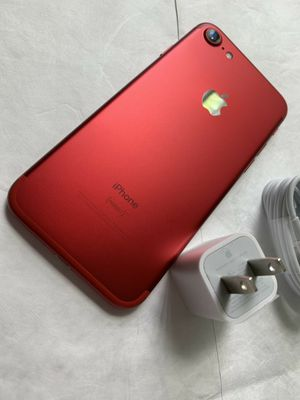 iPhone 7, 32GB - just like new, factory unlocked, clean IMEI, clear iCloud for Sale in Springfield, VA