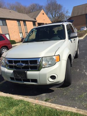 2009 Ford Escape XLS Sport Utility 4D for Sale in Dublin, OH